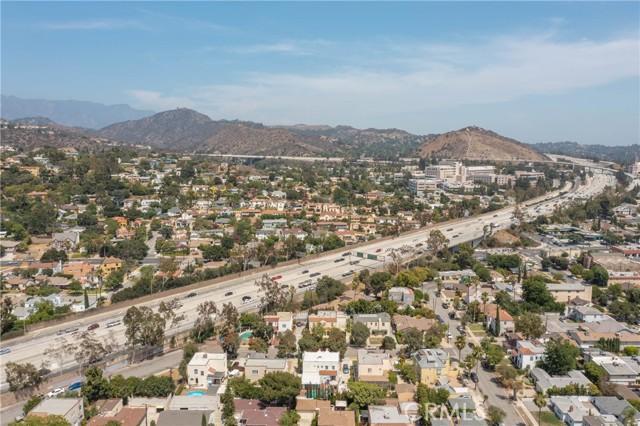 444 Piedmont Avenue, Glendale CA: http://media.crmls.org/medias/8dcf892a-e634-49ef-8838-2787b234294d.jpg