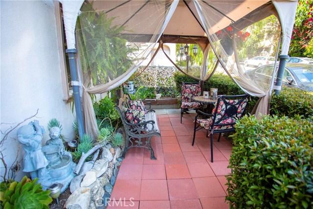 2027 Vista Del Mar St, Los Angeles, CA 90068 Photo 37