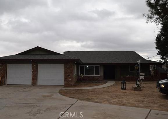 Single Family Home for Rent at 17175 Cholla Avenue Hesperia, California 92345 United States