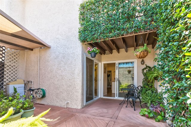 220 S Aron Place, Anaheim CA: http://media.crmls.org/medias/8dd805da-3fc1-49a3-a96c-5423b190ef75.jpg