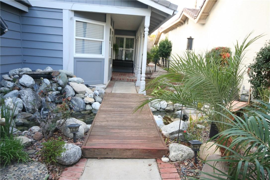 Photo of 653 W Palm Drive, Placentia, CA 92870