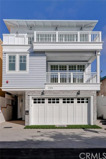 2204 Alma Avenue, Manhattan Beach, California 90266, 4 Bedrooms Bedrooms, ,3 BathroomsBathrooms,Townhouse,For Sale,Alma,SB19265065