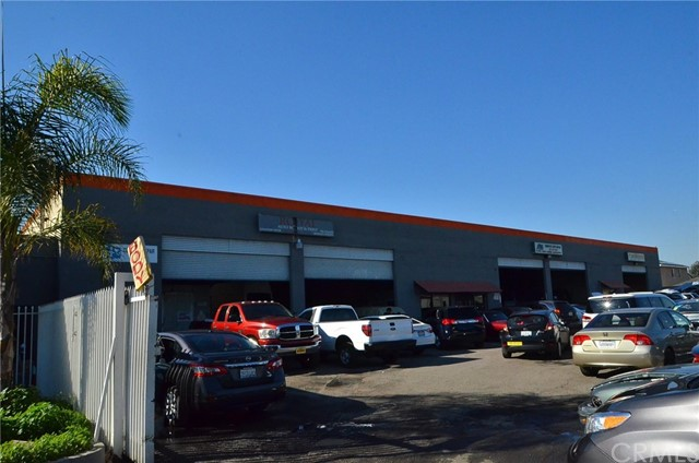 Retail for Sale at 9101 Alondra Boulevard Bellflower, California 90706 United States