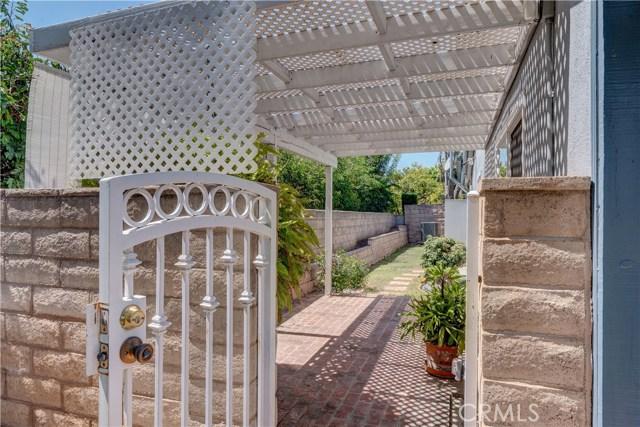 1141 Kingston Drive, La Habra CA: http://media.crmls.org/medias/8e0d4ae3-6c89-45c1-bccc-c422a33238df.jpg