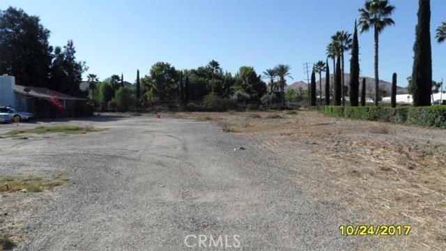 Commercial for Sale at 327 E Caroline Street 327 E Caroline Street San Bernardino, California 92408 United States