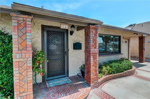 7737 Arnett Street, Downey CA: http://media.crmls.org/medias/8e1bc35b-36d7-49a0-b45e-613a0cfd530d.jpg