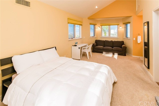 6 Corona Irvine, CA 92603 - MLS #: NP17204059