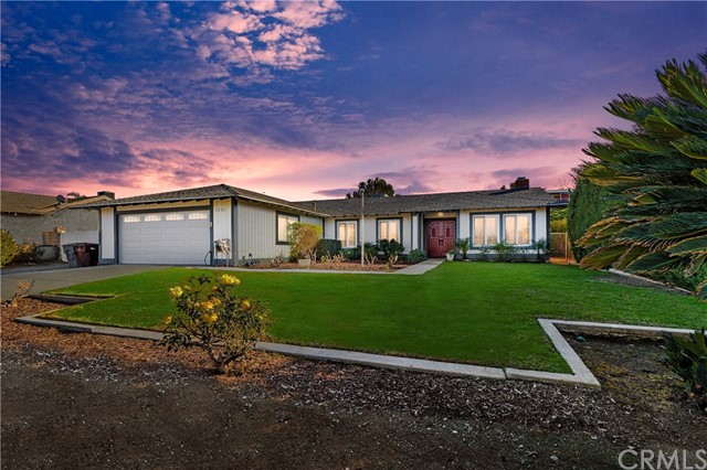 Detail Gallery Image 1 of 41 For 2220 Alhambra St, Norco,  CA 92860 - 4 Beds | 2 Baths