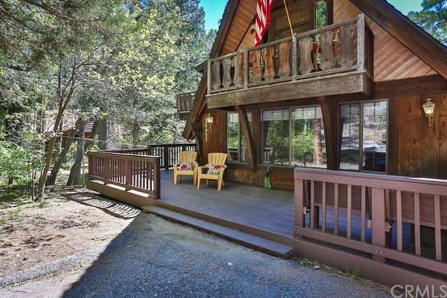 Single Family Home for Sale at 26051 Hemstreet Place 26051 Hemstreet Place Idyllwild, California 92549 United States