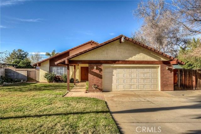 1045 E Highland Avenue, Redlands, California