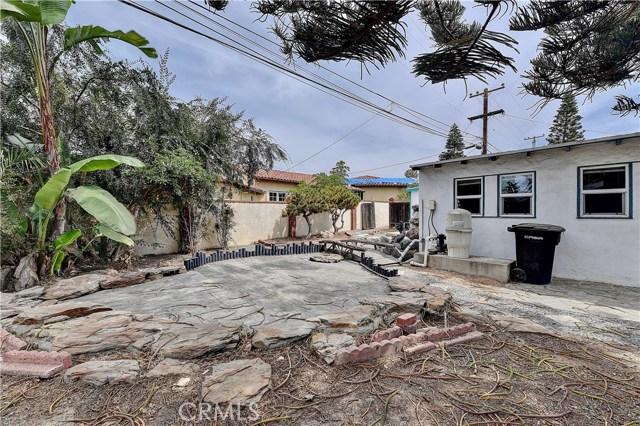 222 W Mariposa, San Clemente CA: http://media.crmls.org/medias/8e670a3b-cb11-4fcf-af73-a0cac022d2e1.jpg