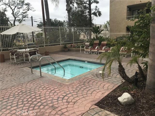 550 Orange Av, Long Beach, CA 90802 Photo 3
