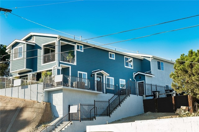 424 W 2nd Street Unit #B San Pedro, CA 90731 - MLS #: PW18095786