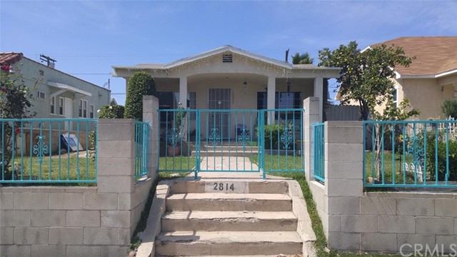 Single Family for Sale at 2814 Avenue 34 W Los Angeles, California 90065 United States