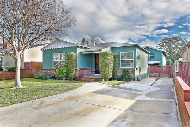 1116 N Griffith Park Drive Burbank, CA 91506 is listed for sale as MLS Listing BB17008641