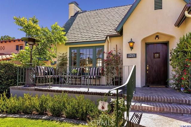 1215 Viscano Drive Glendale, CA 91207 - MLS #: 317005135