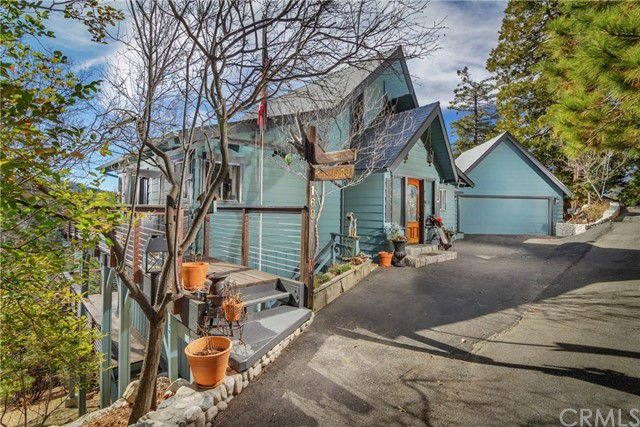 168 Grizzly Road, Lake Arrowhead, CA 92317