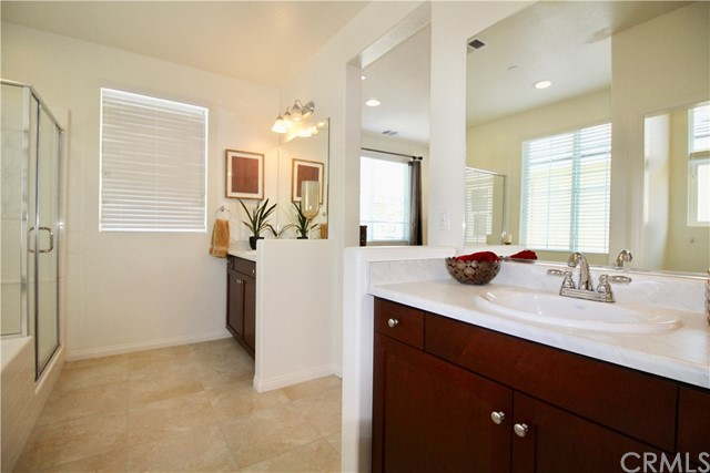 4971 Adera Street, Montclair CA: http://media.crmls.org/medias/8ea4a2e0-7690-4d4d-9328-b422ec23b8c8.jpg