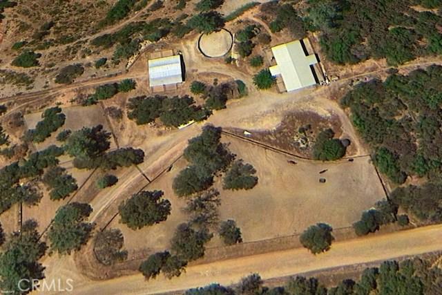 31434 Wyle Ranch Road, North Fork CA: http://media.crmls.org/medias/8eab95a3-c671-4bab-b80e-a4426f9857fa.jpg