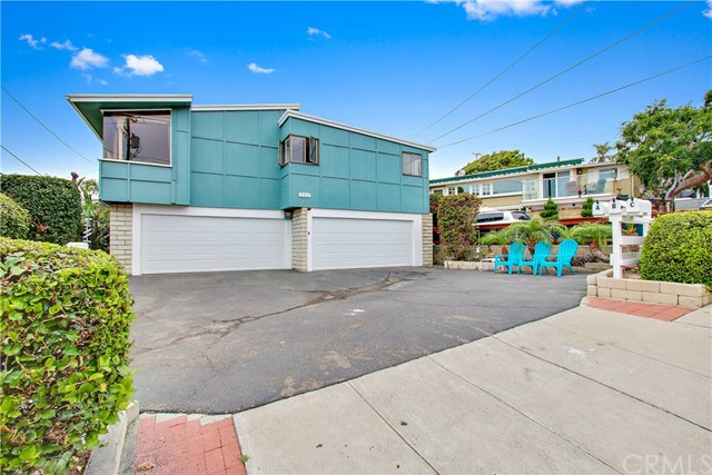 260 Diamond Street Laguna Beach, CA 92651 is listed for sale as MLS Listing BB17121005
