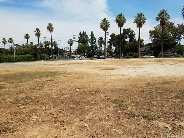 7901 Jefferson Riverside, CA  is listed for sale as MLS Listing OC17187171