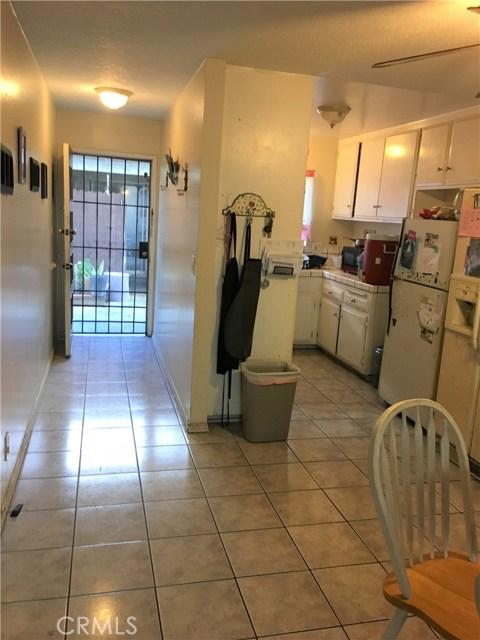 2183 W Brownwood Av, Anaheim, CA 92801 Photo 10
