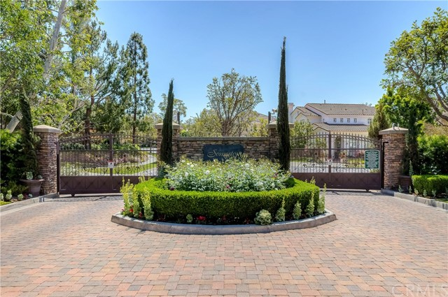 9 Dandelion, Irvine CA: http://media.crmls.org/medias/8ee11082-bcb5-44c5-8e47-427e9dcc7793.jpg