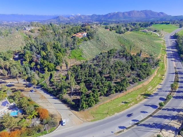 5800 Hawarden Drive Riverside, CA 92506 - MLS #: IV17168999