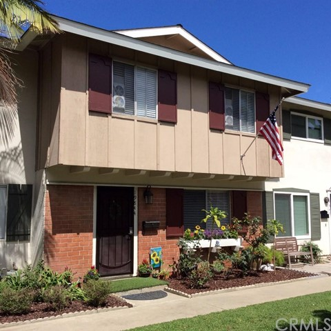 19844   Berkshire Lane   , CA 92646 is listed for sale as MLS Listing OC15150740
