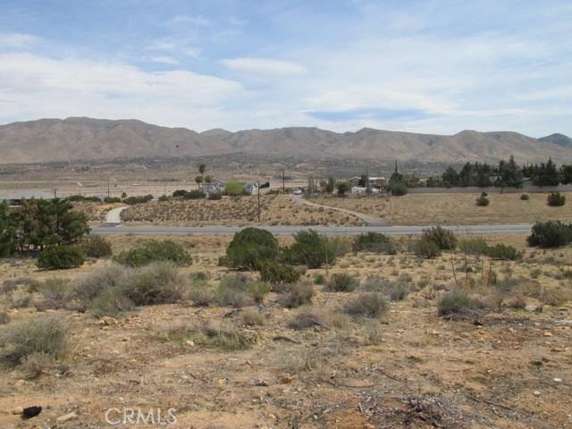 1 Niles Drive, Hesperia CA: http://media.crmls.org/medias/8ee40d31-8dd5-4e32-99b5-9280f222f954.jpg