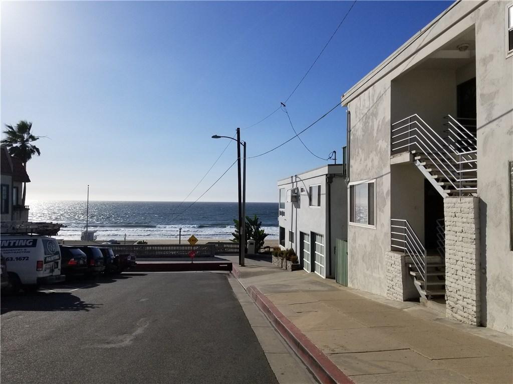 3701 Ocean Dr B, Manhattan Beach, CA 90266