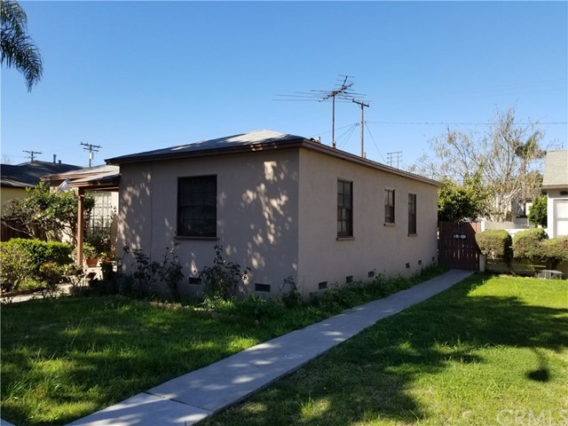 1861 Golden Av, Long Beach, CA 90806 Photo 2