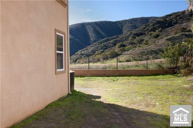 7669 Lady Banks, Corona CA: http://media.crmls.org/medias/8ef48f8d-ab37-465e-9fbc-32ae328e92c7.jpg