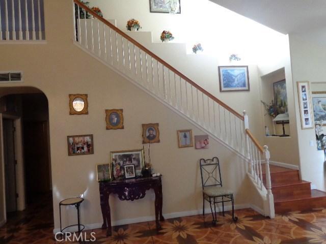 2705 Claret Circle, Livingston CA: http://media.crmls.org/medias/8f062a77-3590-47d4-a3be-4dcfe420a44f.jpg