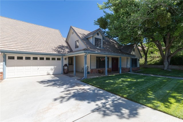 13086 Oak Crest Drive, Yucaipa CA: http://media.crmls.org/medias/8f0655da-95c8-4bc5-9ee9-855569a3af2c.jpg