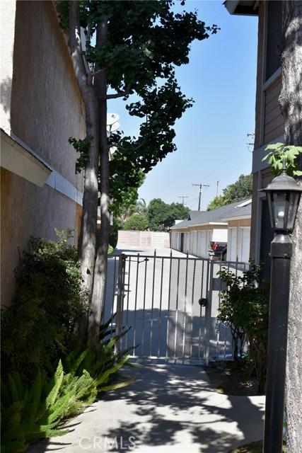 12235 Pine Street, Norwalk CA: http://media.crmls.org/medias/8f0d8bf3-acce-4c61-9403-1cb1b876fd6d.jpg