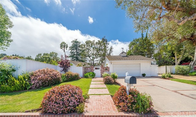 Photo of 15 Strawberry Lane, Rolling Hills Estates, CA 90274