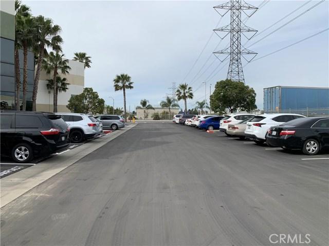 3230 Cornerstone Drive, Eastvale CA: http://media.crmls.org/medias/8f32da1b-1bc4-4366-8a66-e10193302189.jpg