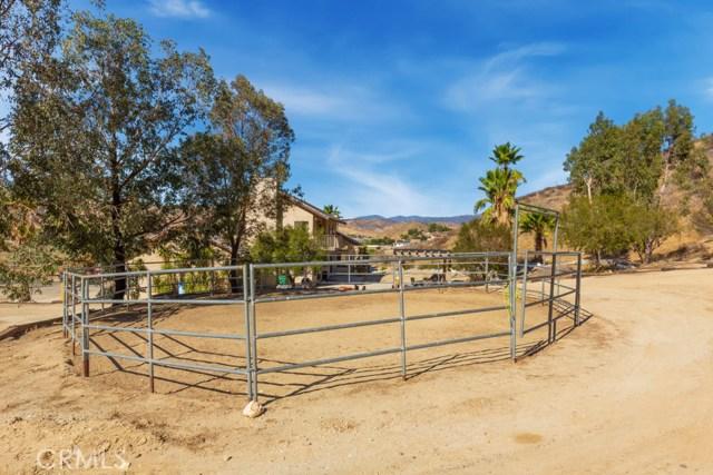 23102 Piute Court Saugus, CA 91390 - MLS #: PW18264209