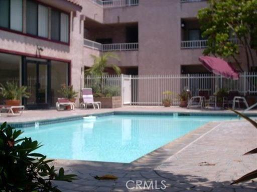 550 Orange Av, Long Beach, CA 90802 Photo 1