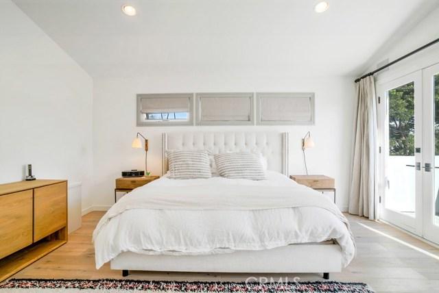 1308 Walnut Avenue Manhattan Beach, CA 90266 - MLS #: SB17263938