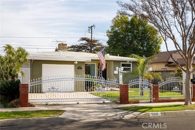 13308 Alburtis Avenue, Norwalk CA: http://media.crmls.org/medias/8f54491e-c349-4292-a180-f1ae279a3788.jpg