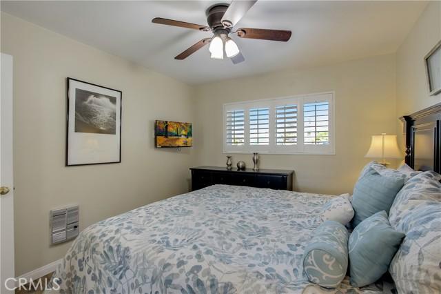 4975 Sandyland Road, Carpinteria CA: http://media.crmls.org/medias/8f5561a1-461b-4deb-8668-c82cf04a0a4c.jpg