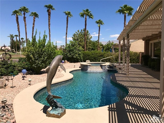 37309 Pineknoll Avenue, Palm Desert, CA, 92211