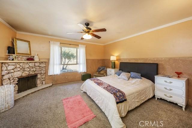 7435 Palomar Avenue Yucca Valley, CA 92284 - MLS #: JT17138985