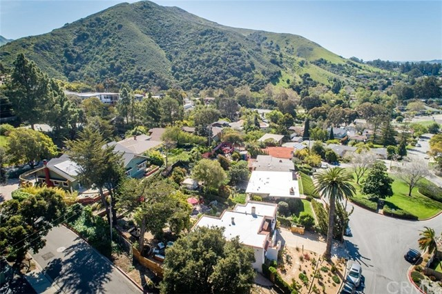 302 Buena Vista Avenue, San Luis Obispo CA: http://media.crmls.org/medias/8f5e16f1-df44-4b56-861e-0dccc63622eb.jpg