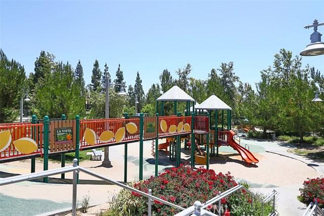 107 Waterman, Irvine CA: http://media.crmls.org/medias/8f5f09b6-2773-48a4-9215-48740b1dc809.jpg