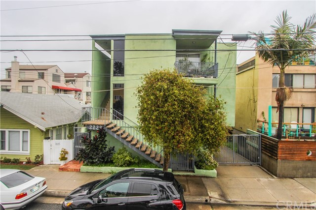 2233 4th 3 Santa Monica CA 90405
