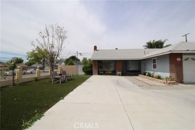 800 San Carlo Avenue, San Bernardino CA: http://media.crmls.org/medias/8f7bb058-ae49-49df-bc79-90a32bda320d.jpg
