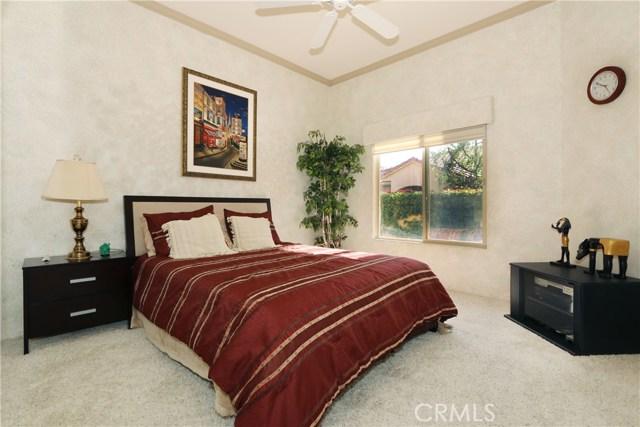 120 Kavenish Drive, Rancho Mirage CA: http://media.crmls.org/medias/8f80d1b0-26b0-4a6b-b79d-f775ed571974.jpg